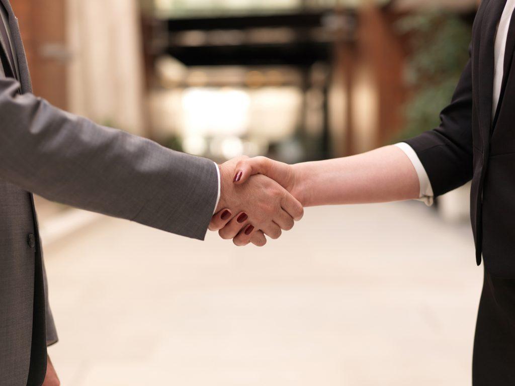 Handshake between client and accountant